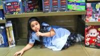 超调皮,萌娃小萝莉怎么藏在姐姐的床底下?是在玩捉迷藏游戏吗?儿童亲子益智趣味游戏玩具故事