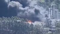福建一新能源公司突发大火,超100名消防员前往救援