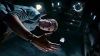 蜘蛛侠拼命扯掉寄生物,没想到黏上小伙了,怎么甩都甩不掉,最终发生变异!