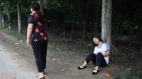 安全教育篇7:妈妈和晕倒的欢欢擦肩而过,可怜的欢欢能得救吗?