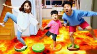 糟糕,萌娃小正太的家怎么突然着火了?可是爸爸妈妈谁能帮大忙?儿童亲子益智趣味游戏玩具故事