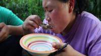 10斤鱼头炖一锅,汤浓味美,老公吃肉胖妹喝汤!