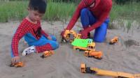 蜘蛛侠:蜘蛛侠给小朋友变出了玩具