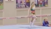 女子田径跳高比赛,小姐姐的颜值和身材都太棒啦!