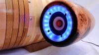 牛人用环氧树脂木头做个音响,星际飞船造型的,真是太拉风了