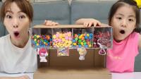 超奇妙,妈妈怎么有个糖果机器?可是为何不让萌娃小萝莉吃糖果呢?