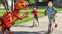 糟糕,萌娃小正太的恐龙怎么突然变大了?还一直追着他们吗?儿童亲子益智趣味游戏玩具故事