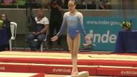 体操运动员:平衡木落地失误,头直接砸地上,看着都疼!