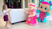 国外儿童时尚,小萝莉和爸爸,一起愉快的玩耍