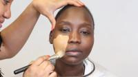 黑人妹子挑战化妆术,妆后容颜惊艳众人,确定是同一个人?