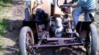 外国大神改装的四轮小汽车,样子虽然简陋,在农村拉货没毛病
