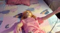 硅胶娃娃也共享? 提前消毒加热润滑 每小时200元起