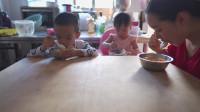 儿童餐小记,汤饺子,培养孩子自主吃饭,从小学起