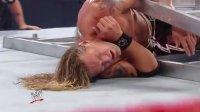 WWE铁梯大赛,艾吉VS杰夫哈迪,上演了精彩对决