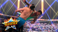 2020夏季狂潮大赛 RAW双打冠军赛 蒙特兹飞扑被空接 转换成炸弹摔