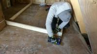 建造木屋 第16集 一种框架舱室建筑,内置并通电