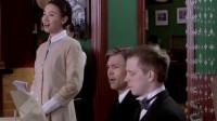 悬崖:咖啡厅店长邀请秋妍一起唱歌,秋妍一开口,就是全场瞩目!