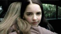 天才少女竟是连环杀手,杀亲爹、害同学、烧保姆,最后骗过所有人
