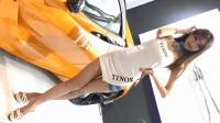 上海改装车展长腿美女模特秀