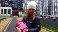 美国儿童时尚,小女孩照顾宝宝,快来看看吧