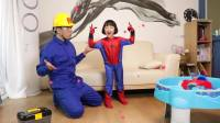 国外儿童时尚,小女孩变身蜘蛛人,真可爱呀