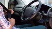 坐别人车时最好不要做这3件事,不然再好的关系都翻脸,有你吗?