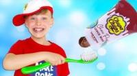 萌宝:萌娃用了不同口味的牙膏刷牙,香味扑鼻