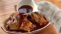 猫咪都会做红烧鱼了,而我还在吃外卖,你说气人不?
