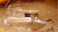 专家挖掘河北古墓,发现墓葬被盗失望离去,农民意外掉进宝藏坑!