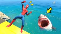 这家伙怎么被鱼盯上了,下场也太惨了!哈哈哈