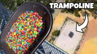 20000个软糖从高空扔下能接住多少?老外实测,结果意想不到