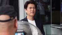 大妈报警找靳东:我怀了他的孩子,走散18年