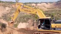 女司机开中联260挖掘机干活,技术怎么样你们说算