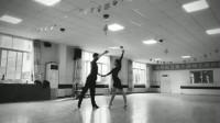 聚光灯的拉丁舞者,台上一分钟,台下十年功