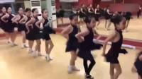 原来拉丁舞还要教表情的,老师,这样合格吗