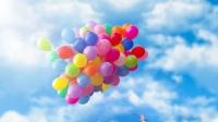 多少气球能让人飞上天,国外小哥试验了