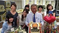 日本综艺天王患帕金森症! 赌王99岁冥诞太冷清?
