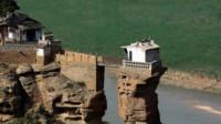 """陕西这一座小寺庙,海拔仅有20多米,为何被誉为""""西北第一险庙"""""""