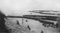 天气奇迹般地帮助了英法联军,使得第一批英法联军成功撤离