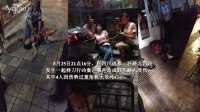 【蜀中网事】闹市惊魂 成都男子公交上砍人再下车行凶致4死11伤!2013第一期