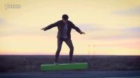 绝对高科技产品 悬浮滑板改变人类出行 儿子直播跳伞惊呆爸妈_超清