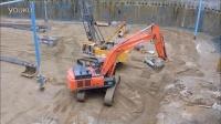 日立Zaxis 470挖掘机工作