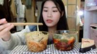 44.吃播 豌杂面 红油抄手 樱桃乳酪蛋糕
