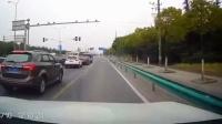 中国交通事故合集20170310:每天10分钟最新的国内车祸实例,助你提高安全意识,恐怖的车祸瞬间行车记录仪监控拍下现场,老司机女司机电动车驾照科目三轮车摩托车