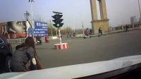 中国交通事故合集20170313:每天10分钟最新的国内车祸实例,助你提高安全意识,恐怖的车祸瞬间行车记录仪监控拍下现场,老司机女司机电动车驾照科目三轮车摩托车