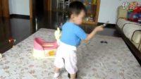 一岁小宝贝跳舞