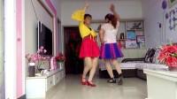 连玉姐妹广场舞双人对跳《蝴蝶骟骟飞》