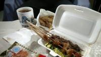 [耀Eat and sow]夜宵鸡排和烤串更配哦~(´-ω-`)#96#
