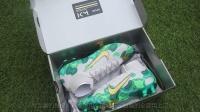 【开箱视频】Nike Mercurial Superfly SE 姆巴佩专属足球鞋