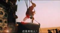 """《瘋狂的麥克斯:狂暴之路》""""末世""""中文預告 湯姆·哈迪浴火前行"""